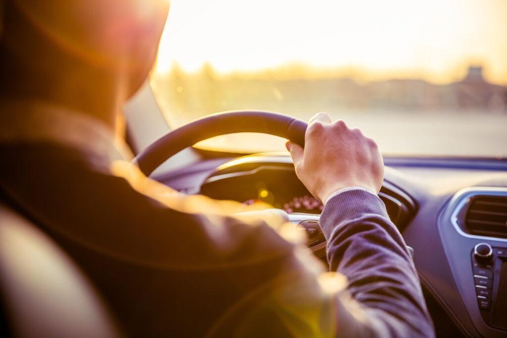 Objawy awarii pompy wspomagania kierownicy
